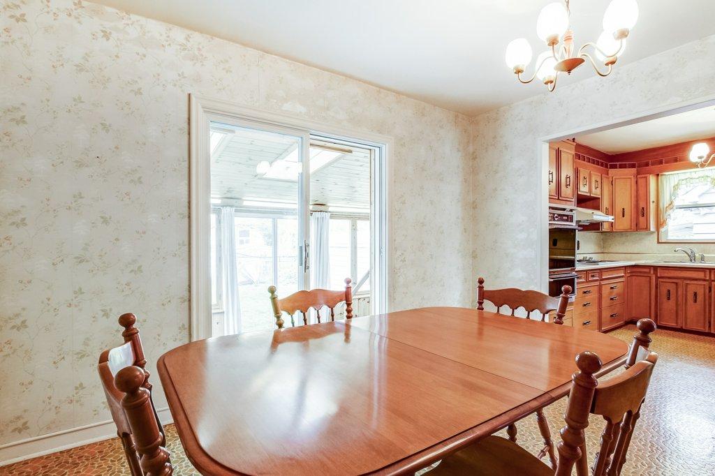 014 136 Auburn Hamilton dining room2 - Recently SOLD - East Hamilton