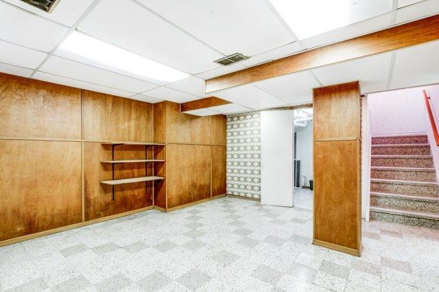 027 136 Auburn Hamilton basement1 - Recently SOLD - East Hamilton