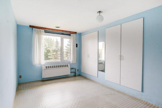 007 3310 Ferris Mount Hope bedroom1b - Recently SOLD in Mount Hope