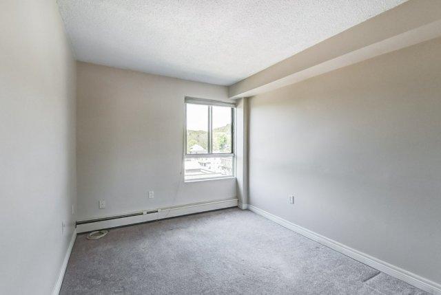 020 10 John Dundas bedroom3 1 - Recently SOLD in Dundas