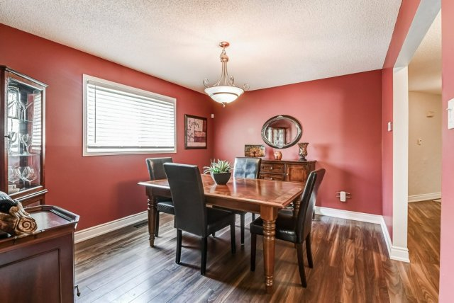 013 95 Essling Hamilton dining room2 - Recently SOLD on the Hamilton Mountain