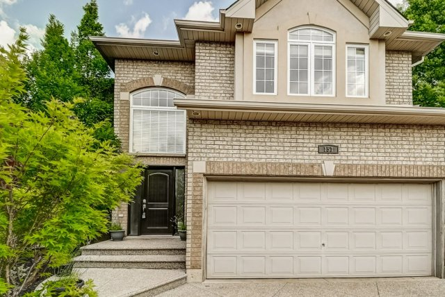005 151 Joshua Ancaster front5 - Recently SOLD in Ancaster
