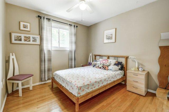020 164 Bonaventure Hamilton bedroom - Recently SOLD ~ West Hamilton Mountain