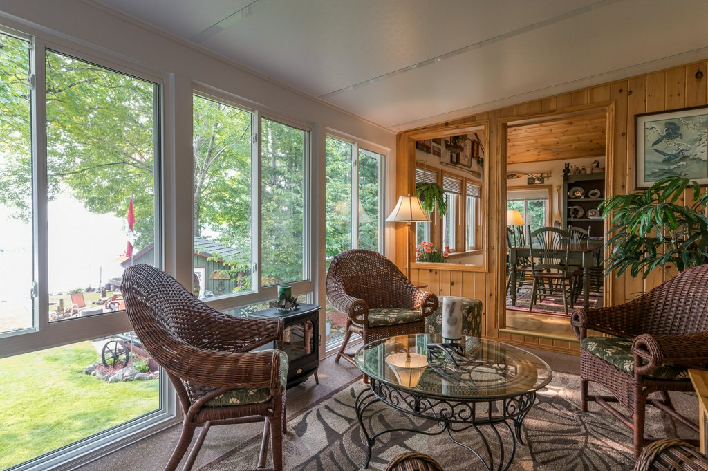 044 26 fire rte 103 bobcaygeon ON sunroom - WATERFRONT ~ 4 SEASON COTTAGE FOR SALE ON PIGEON LAKE