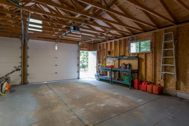 092 26 fire rte 103 bobcaygeon ON inside garage3 - WATERFRONT ~ 4 SEASON COTTAGE FOR SALE ON PIGEON LAKE