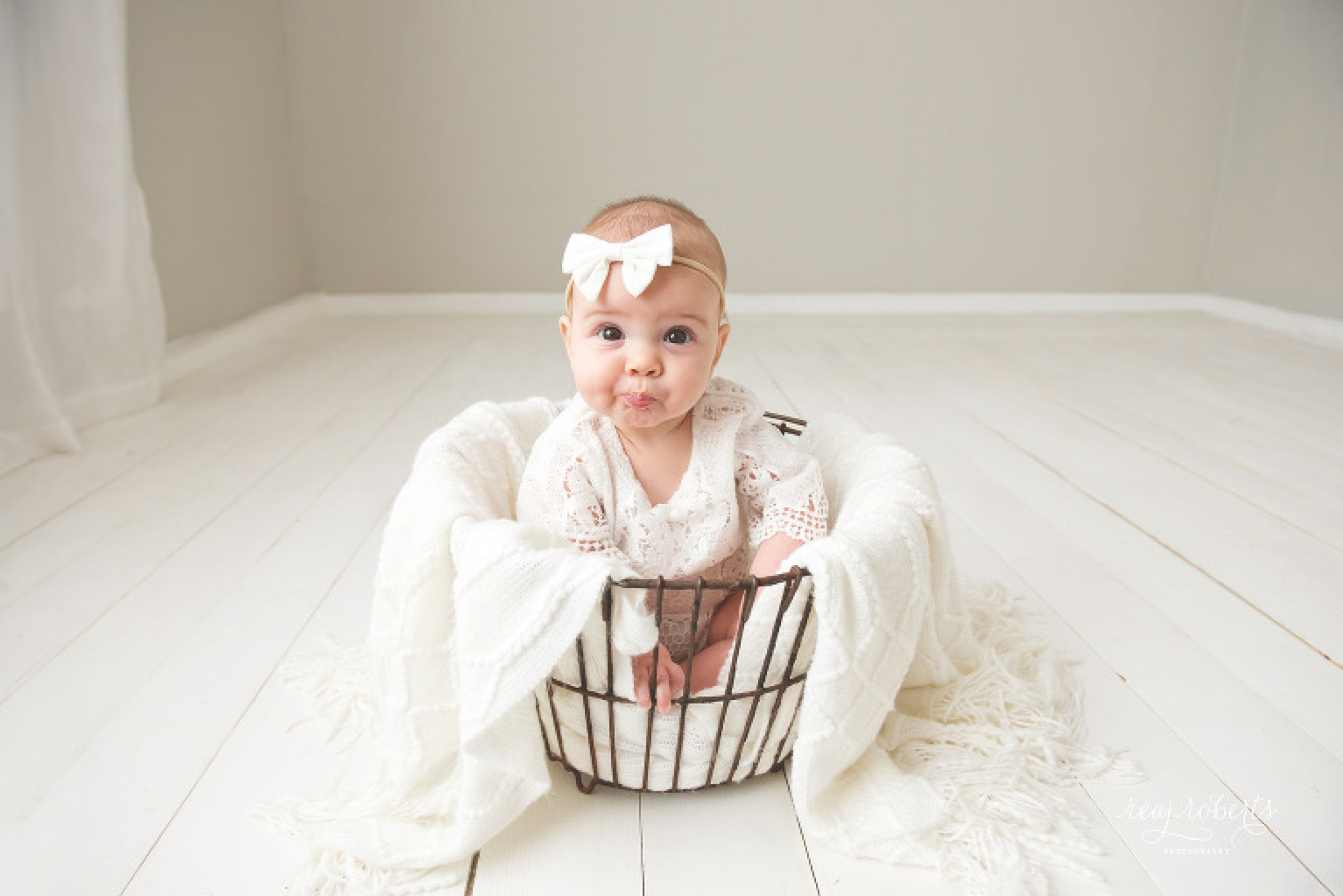Chandler baby photographer near me | Reaj Roberts Photography