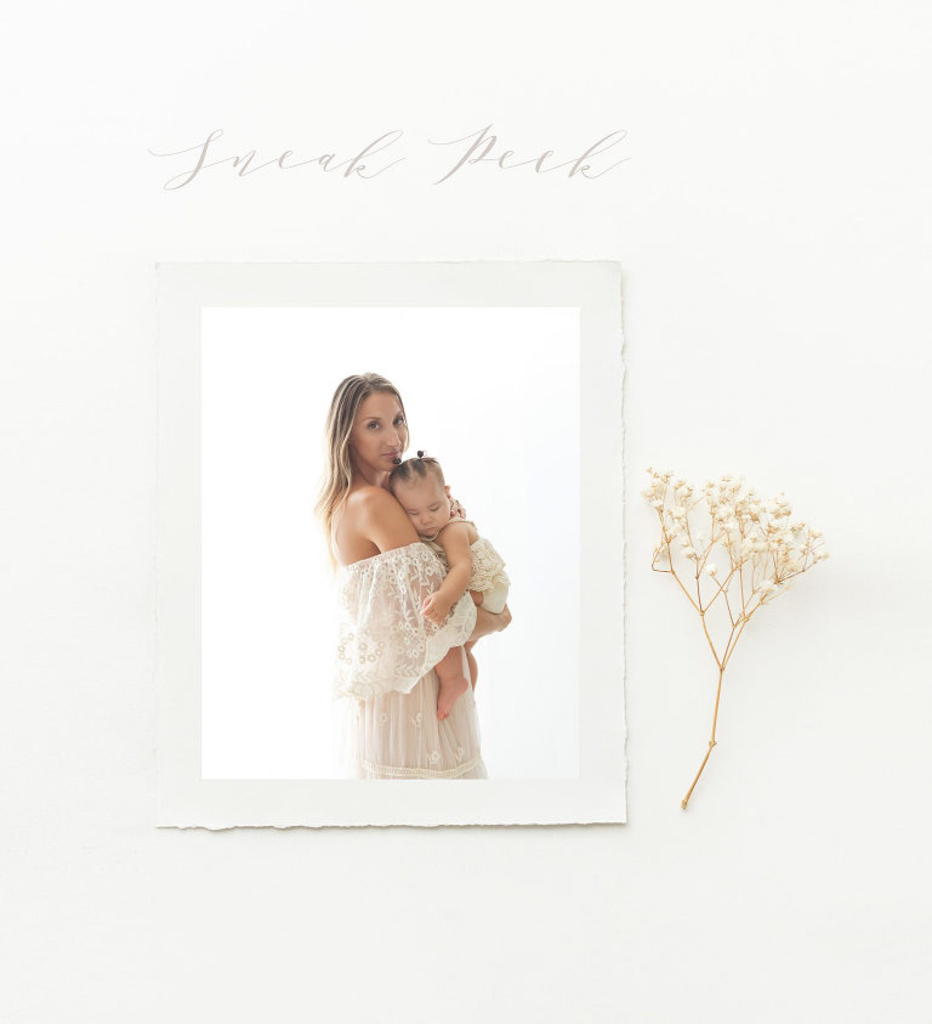 7-month sitter session baby photos with mother backlit photos | Phoenix photographer Reaj Roberts Photography