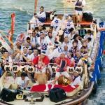 大阪を代表する天神祭 2015年の開催日程と花火の穴場情報