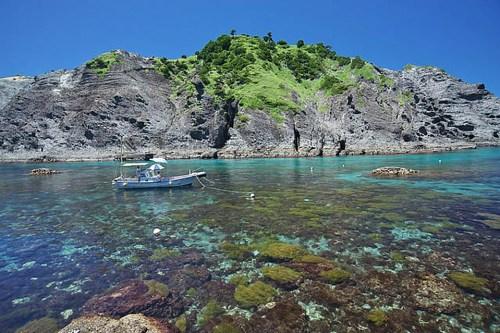 出典:ホントに伊豆?奇跡の海!秘境「ヒリゾ浜」が美しすぎる