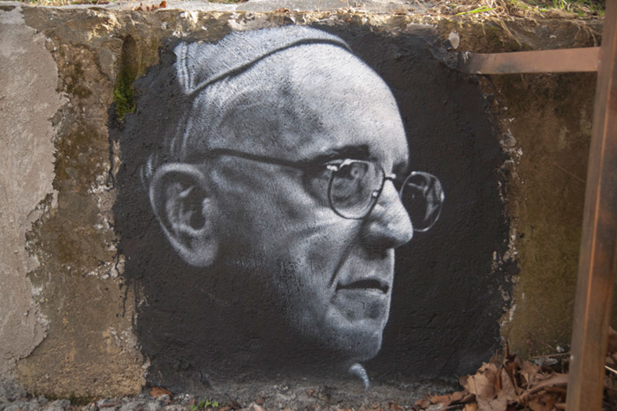 10 Reasons Why Pope Francis is a Real Leader
