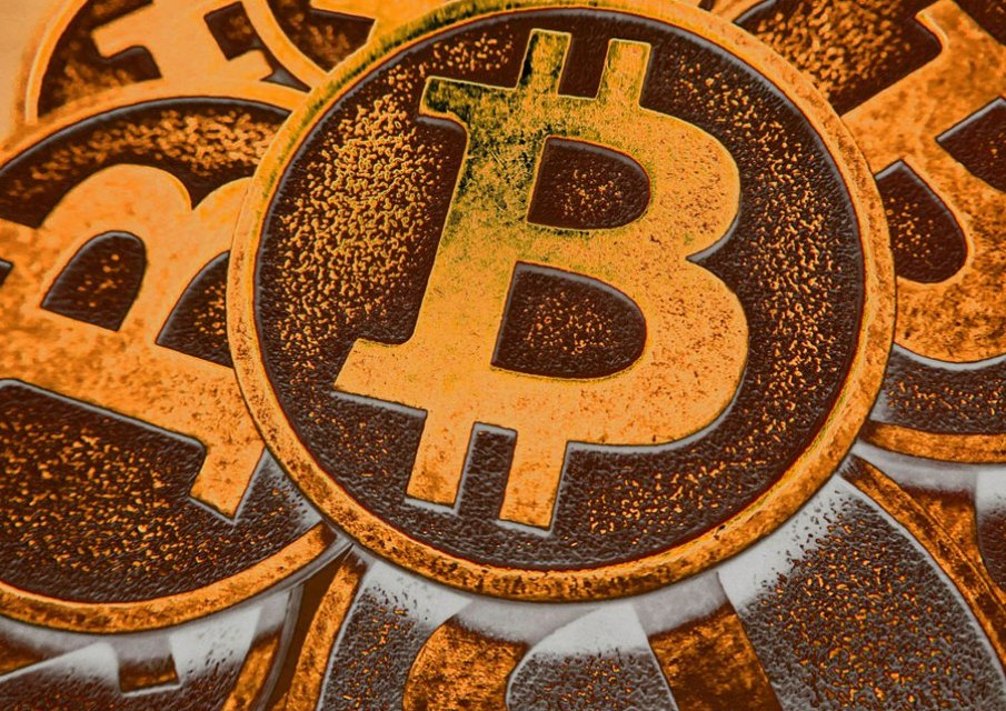 Bitcoin Soars to All-time High of USD$2,400