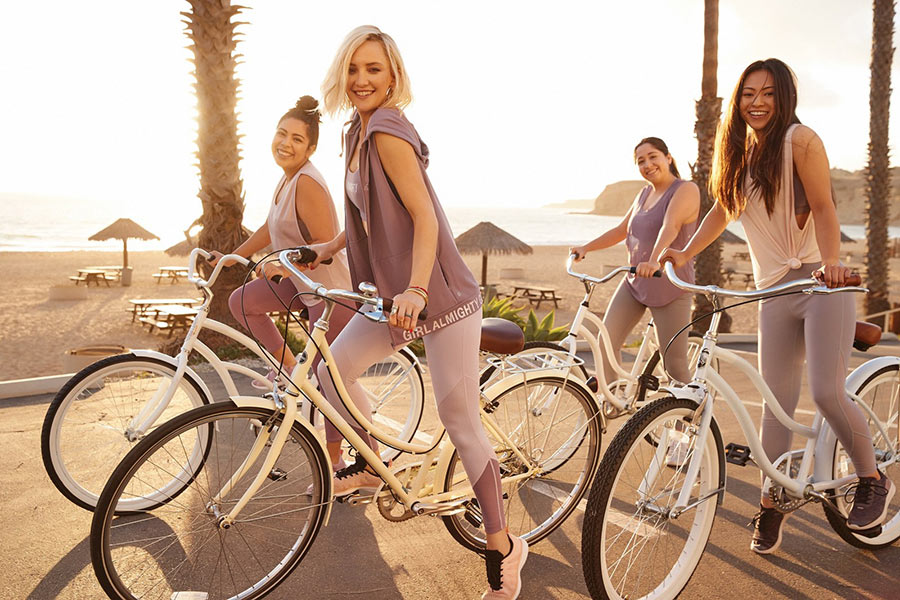Kate Hudson's Fabletics Empowers Women to Lead