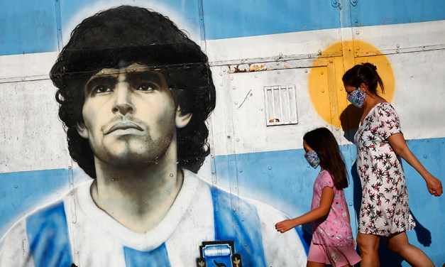 What Leaders Can Learn from Maradona