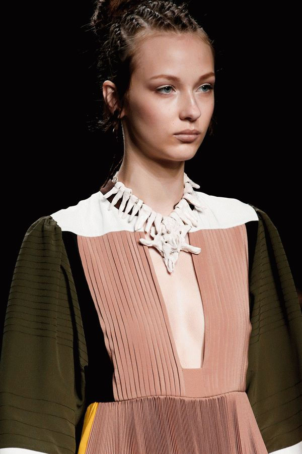 valentino-spring-2016-ready-to-wear-12