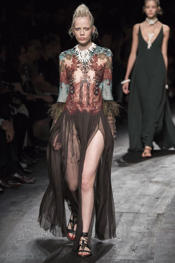 valentino-spring-2016-ready-to-wear-44