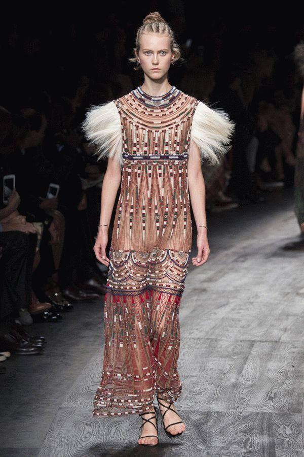 valentino-spring-2016-ready-to-wear-51