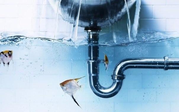 Как происходит прочистка засора в трубопроводе