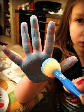 handprint ornament 1
