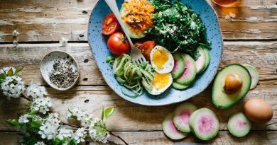 Dieta mediteraneană. Regulile de bază. Cea mai eficientă dietă recomandată de Dr. Oz