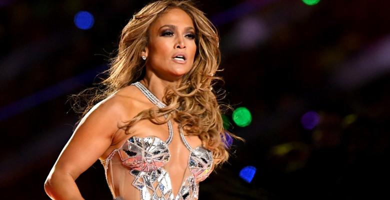 (VIDEO) Jennifer Lopez apare complet goală în noul ei videoclip. Starul american nu se rușinează de nimic la cei 51 de ani