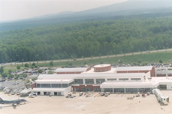 Charlottesville Albemarle Airport (CHO)