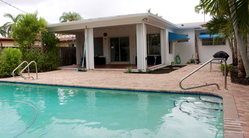 Hollywood Lakes Pool Home 5