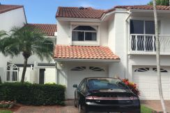 Aventura-Waterfront-Townhouse-1