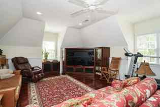 MoreRealEstate-2116Duskywing_032_Bonus Room