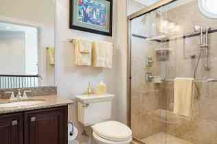021_10410 Sablewood by MORE Real Estate Group Guest Bathroom