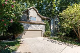 012_8816 Ross Court Presented by MORE Real Estate_Exterior