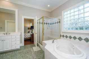 021_7109 Haymarket Lane Presented by MORE Real Estate_ Master Bathroom