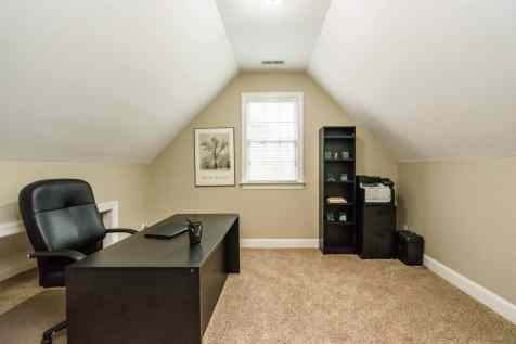 035_7205 Mira Mar Place Presented by MORE Real Estate_ Office