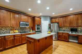 013_424 Waverly Hills Drive Presented by MORE Real Estate_ Kitchen