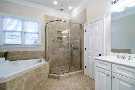 017_775 Heritage Arbor Drive Presented by MORE Real Estate_Master Bathroom