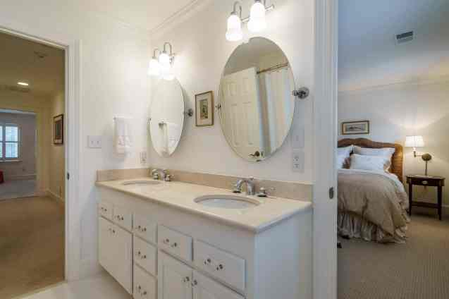 034 Stonehenge Beaut on Riddle Place presented by MORE Real Estate Group_ Bathroom