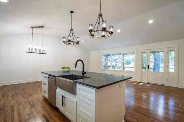 019_North Hills Renovations presented by MORE Real Estate Group_1408 Kimberly Drive_Kitchen