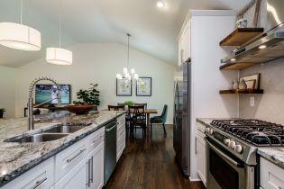 016-1920x1080-kitchen