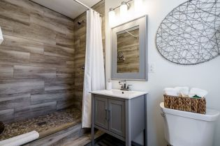 030-1920x1080-bathroom-lower