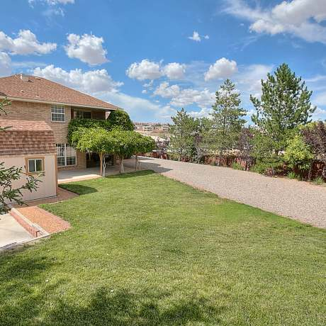 search paradise hills homes