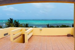 beachfront-condo-rooftop-veranda-view-770x386 (1)