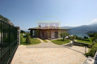 Villa Rogaro Available for sale Lake Como