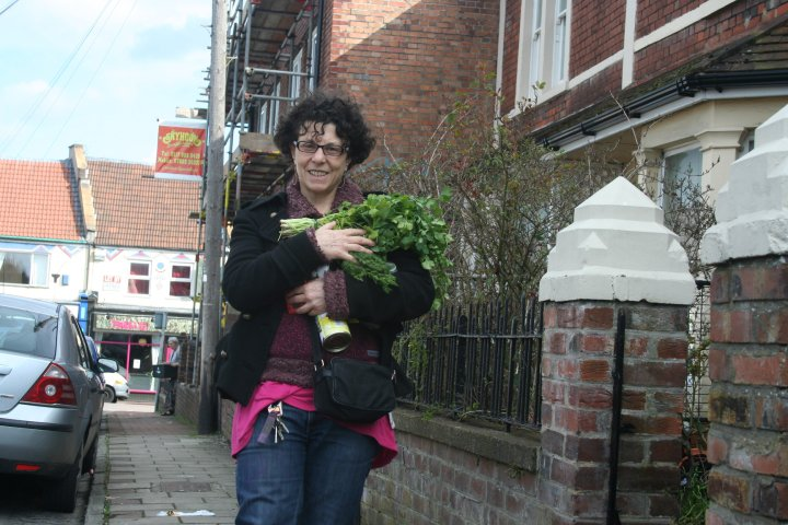 Claudia Roden's homemade falafel (1/3)
