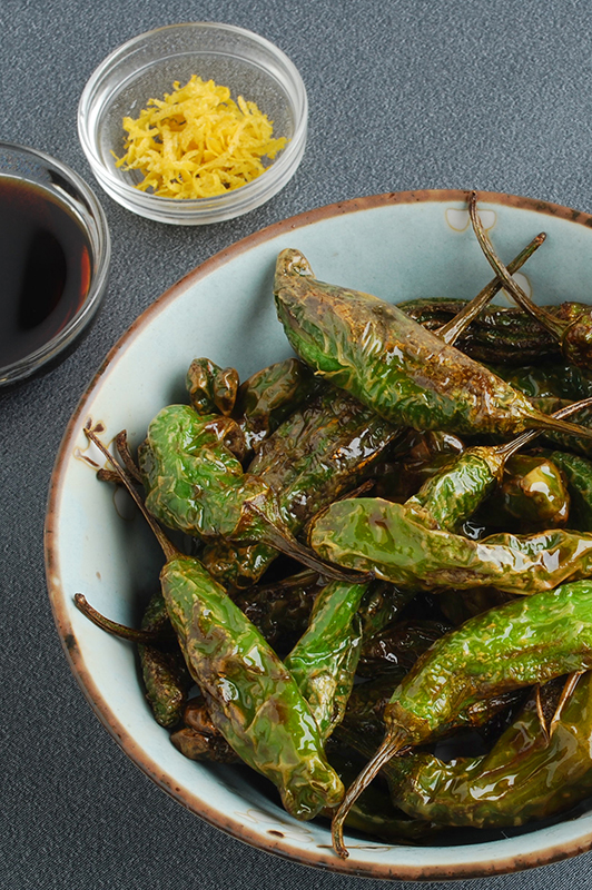 Know Your Chile Peppers: The Ultimate Guide l pan fried sizzling shishito peppers