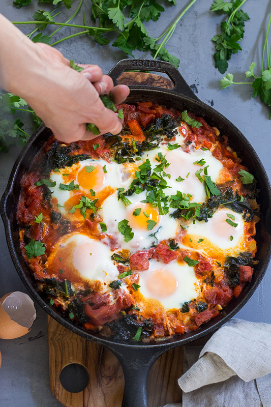 The Best of Whole30 Recipe Roundup l shakshuka with kale and sausage
