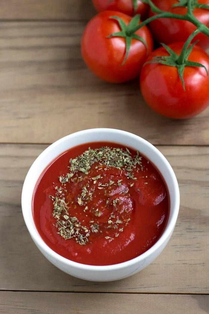 This homemade pizza sauce is easy to make and it tastes delicious on pizza, pasta, or calzone. You can store it in the freezer for a busy night.