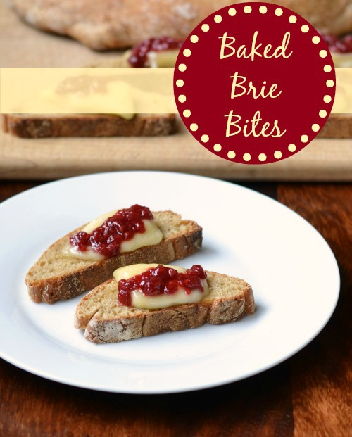 These baked brie bites are such a delicious appetizer! Try this healthy recipe for holiday entertaining at Thanksgiving or Christmas. | Real Food Real Deals