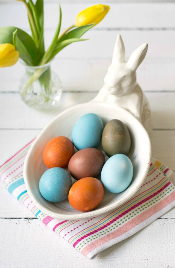 Homemade Easter egg dye is easy to make using fresh vegetables! This is such a fun project to enjoy with kids during the Easter season.