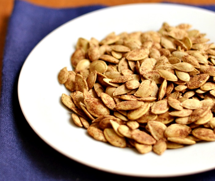 Cinnamon roasted pumpkin seeds, a healthy travel snack!
