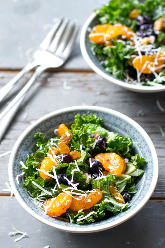 This easy kale salad recipe features convenient pantry ingredients, so it's a great healthy salad that you can make all year long! Recipe from realfoodrealdeals.com