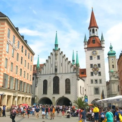 Healthy food in Munich, Germany is easy to find throughout the city. From restaurants and cafes to open air markets and grocery stores, there's something for everyone in this beautiful Bavarian capital.